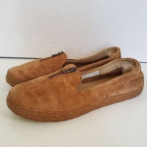 UGG Womens Tan Leather Loafer Size:7